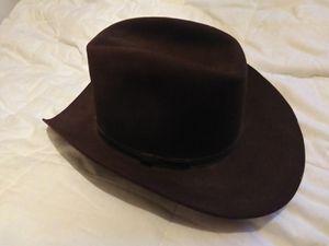 Resistor self-conforming western cowboy hat. for Sale in BETHEL, WA