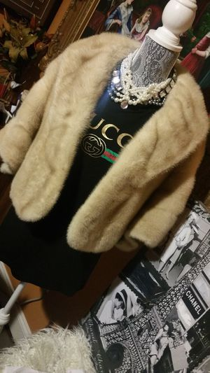 Oleg Cassini Authentic Mink Fur Shawl. Reduced price from $200 for Sale in San Diego, CA