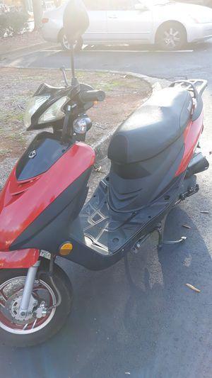 50 cc Brintelli Sprint scooter for Sale in Marietta, GA