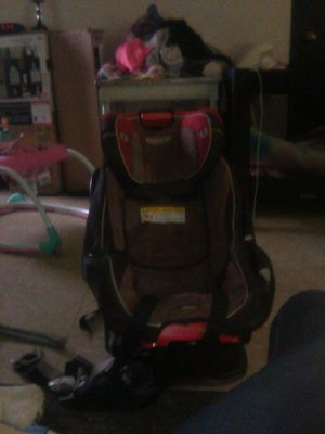 Graco 8-1 car seat for Sale in Toledo, OH