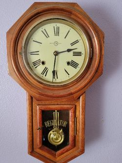 Trade Mark Antique Clock for Sale in Vancouver,  WA