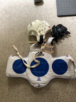 Tai kwon do fighting pads with bag for Sale in Davidsonville, MD