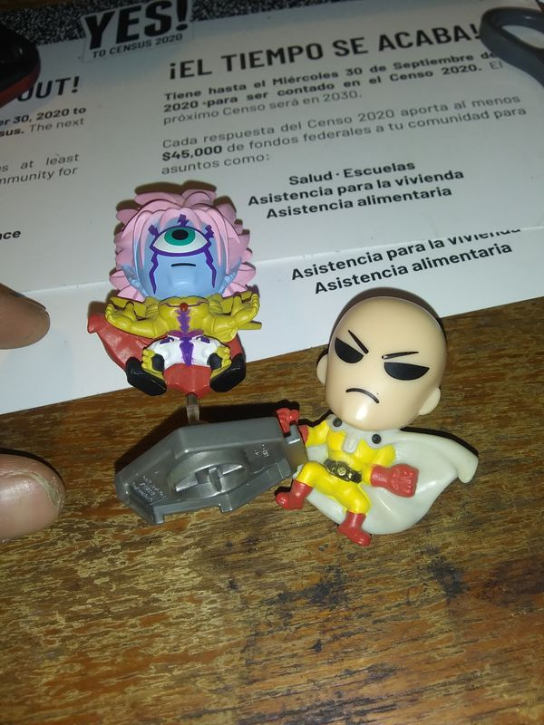 Dragonball z mini figurs and cards