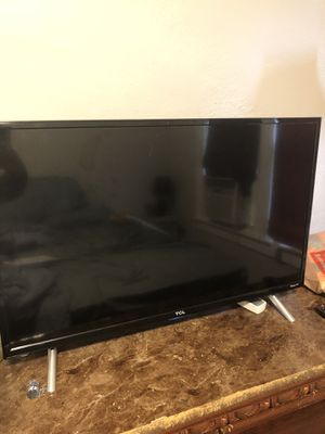 TCL Roku Tv 32in for Sale in Pontiac, MI