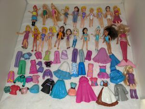 Polly pocket dolls and clothes for Sale in Tacoma, WA