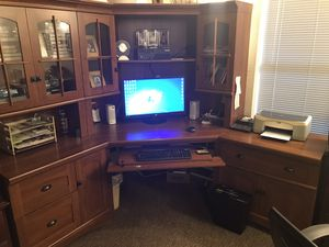 Computer Desk / storage for Sale in Eureka, MO