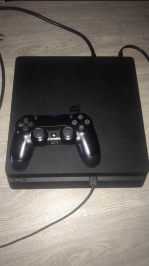 ps4 slim 1Tb for Sale in Ashland, OR