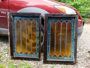 """Antique stained glass windows, salvaged from a home in the 1800s,study, nearly perfect condition, 29""""tx191/4wx13/4""""d for Sale in Imperial, MO"""