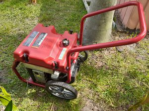 Generac generator nice conditions almost new conditions for Sale in Lake Worth, FL