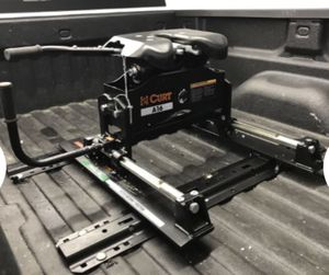 Curt A16 5th Wheel Trailer Hitch w/ R16 Slider - Dual Jaw - 16,000 lbs for Sale in Lakewood, CO
