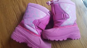 Toddler girls size 9 boots for Sale in Naugatuck, CT