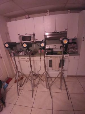 Neewer professional photo system light set for Sale in Hialeah, FL
