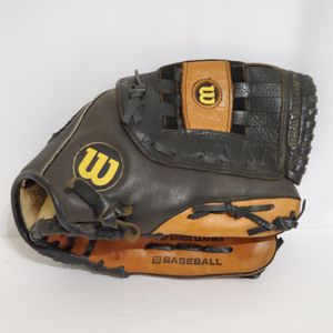 """Wilson Youth 12"""" Aztec Leather Baseball Glove A2498 Right Hand Throw for Sale in La Grange Park, IL"""