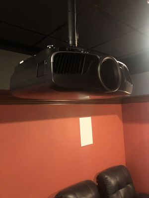 EPSON 6900 HT Projector for Sale in Columbus, OH