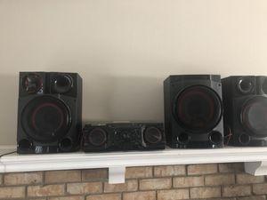 Like New Speaker or DJ equipment for Sale in Grand Prairie, TX