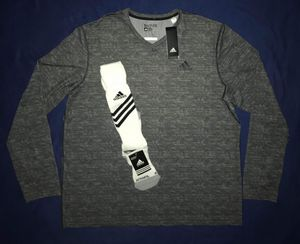 2XL ADIDAS TECHFIT CLIMALITE SHIRT & MATCHING SOCKS. for Sale in Dallas, TX