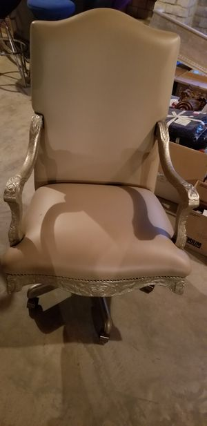 Neoclassical Ornate Office Chair for Sale in Chicago, IL