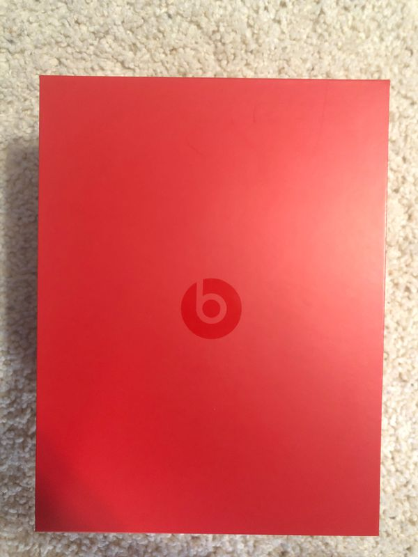 Beats Studio 2s with box and case
