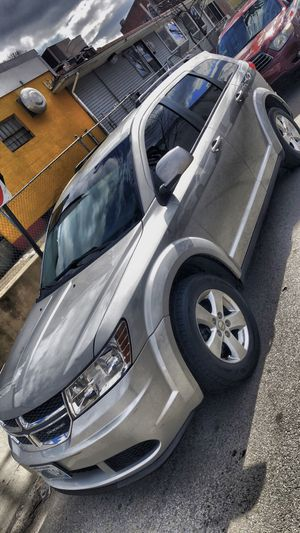 ⭐️2011 Dodge Journey Mainstreet⭐️ for Sale in Cranston, RI