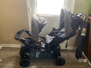 Double stroller for Sale in Richmond, KY