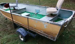 14 ft boat 2 seater,no leaks,includes night running light required. for Sale in Erwin, TN