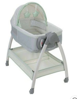 Graco Dream Suite Bassinet and Changer for Sale in Brockton, MA