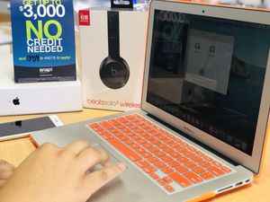 """No Credit Needed! 2017 13"""" MacBook Air with Beats Solo 3 Bundle $39 down take it home today for Sale in Irvine, CA"""