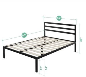 King metal bed frame with mattress for Sale in Quincy, MA