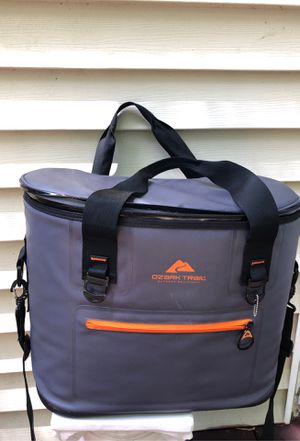O ark Trail Cooler for Sale in Smyrna, GA