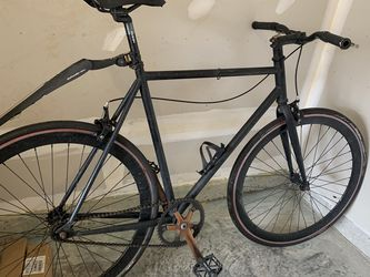 Custom Black Fixi Bike with Lots of Upgrades, Helmet, and Lock/Lights for Sale in Arlington,  VA