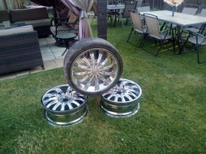 20in chrome rims 10 lugs for Sale in Fresno, CA