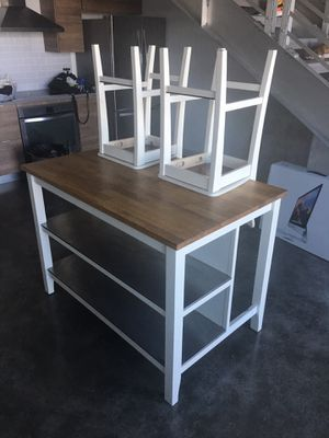 Kitchen Island table set w/ chairs for Sale in Miami, FL