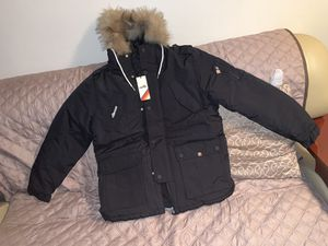 Brand new men's ellese heavy winter jacket size large .Price is firm for Sale in Queens, NY