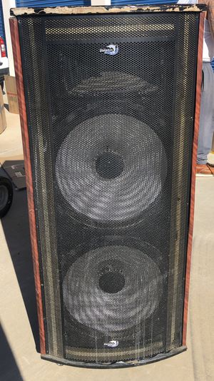 Bluetooth Speaker lights up for Sale in Victorville, CA