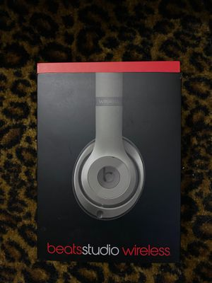 Beats headphones for Sale in Glendora, CA