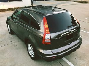 HONDA CRV Top of the Line for 2010 for Sale in Chicago, IL