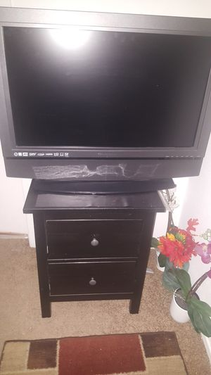 OLEVIA 32 INCH PLASMA TV for Sale in Dallas, TX