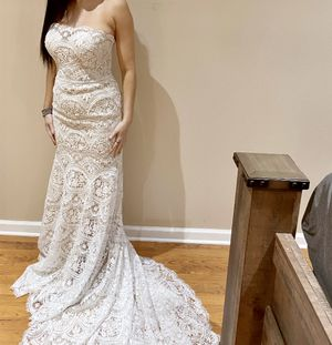 PETITE WEDDING DRESS for Sale in Palmetto, FL