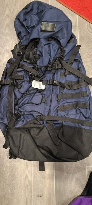 Hiking backpack ( new ) never used for Sale in DEVORE HGHTS, CA