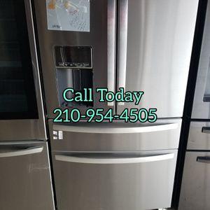 Whirlpool Refrigerator for Sale in San Antonio, TX