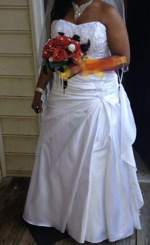 Wedding dress for Sale in Mableton, GA