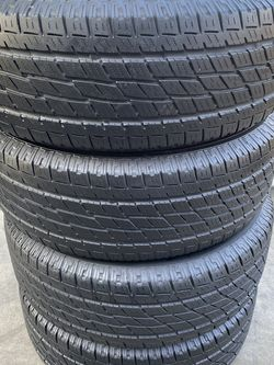 Set of 4 265/65/18 Toyo for Sale in Bakersfield,  CA