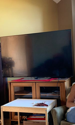 Vizio 55' smart tv for Sale in Tigard, OR
