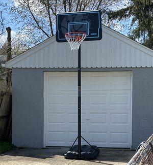 Lifetime portable basketball hoop for Sale in Blackwood, NJ
