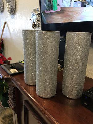 Vases brillantes hermosas 20$ Pol las 3 for Sale in US
