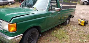 Truck for sale start n runs good for Sale in Waterbury, CT