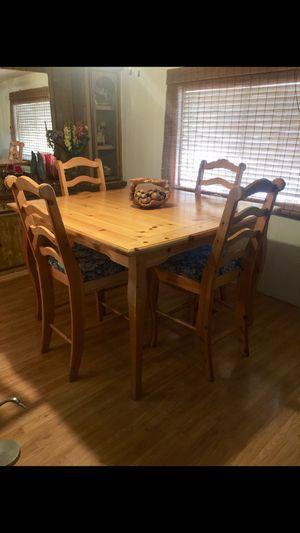 Rustic dining set. Excellent condition for Sale in Phoenix, AZ