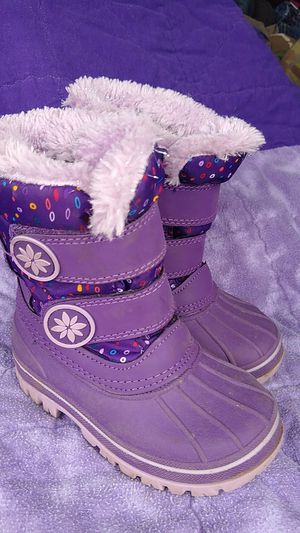Kids girls snow /rain boots sz 7/8 for Sale in Olympia, WA