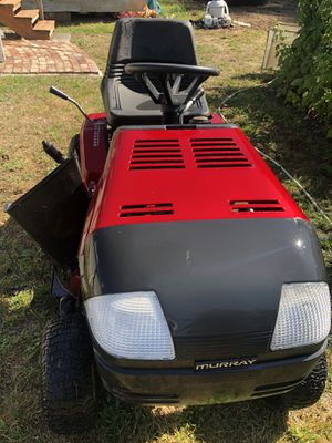"""Riding lawn Mower/ Tractor Murray 42"""" for Sale in Federal Way, WA"""