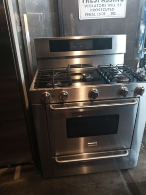 Kenmore gas stove $ 800.00 for Sale in Santa Ana, CA